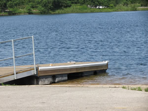 Launch ramp and dock